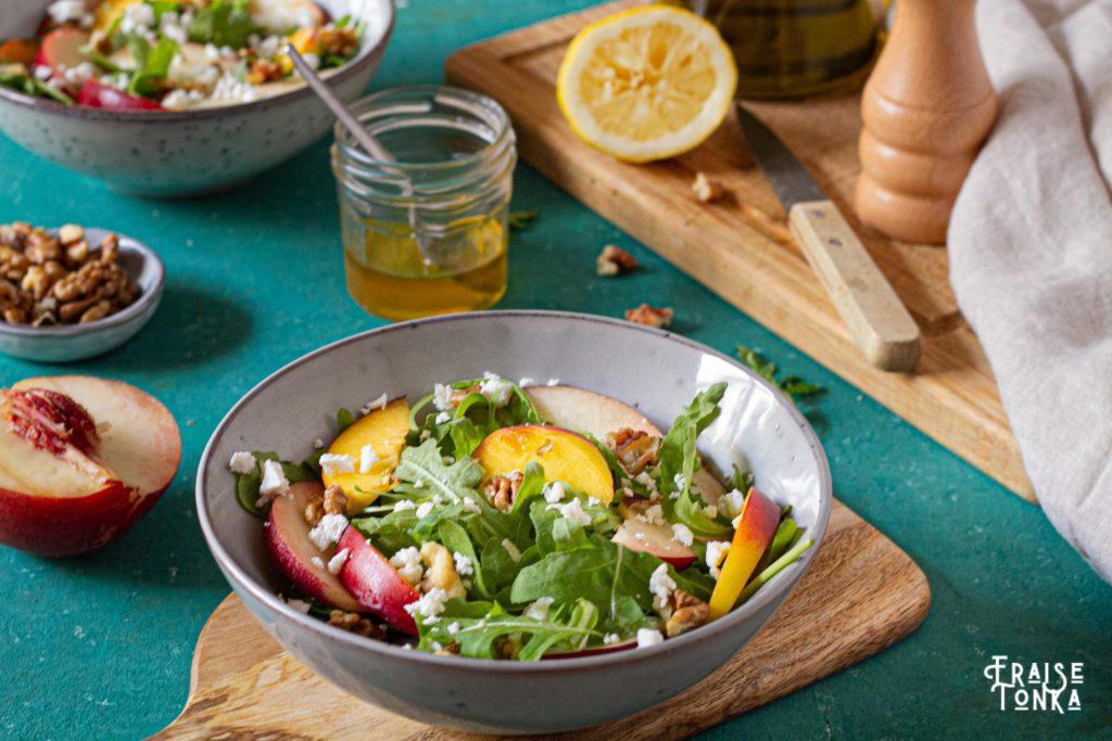 photo_culinaire_salade_cuisine_saine_nectarine_roquette_vegetarien_repas